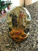 Disney Aladdin And Genie Musical Snow Globe Gold Flakes New Unboxed Mint Fastship