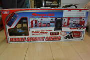 200924-3 1/43 Snap On Snap-on Mobile Service Center Scale Car Trailer