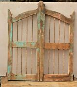 Vintage Iron Grill Wooden Dog Gate Antique Fatak Small Gate Home Wall Deco Bs-74