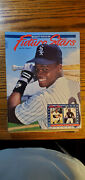 Beckett Future Stars, Issue 2 Frank Thomas. Shaquille O'neal On Back