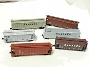 5 N Scale Box Cars Roundhouse Or Concor One With Signal Wheel Santa Fe