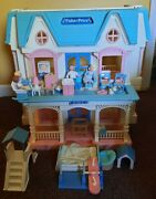 1993 Fisher Price Loving Family Fold Up Dream Dollhouse 6364 W/accessories