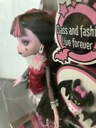 Bnib 2009 Monster High Draculaura Doll Count Fabulous And Diary Out Of School