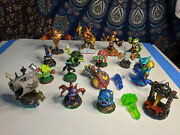Skylanders Lot Of 18 Different Figures - Tested - Stink Bomb Swarm Wrecking Ball