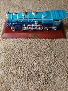 1931400e Blue Comet By Lionel Train With Stand