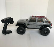 Axial 1/10 Scx10 Iii Jeep Jlu Wrangler Rtr Gray With Lights, With Net Roofing