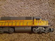 Lionel Gp38 O Scale Electric Locomotive With Train Sounds In Good Condition