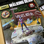 Walking Dead Michonne And Zombies On The Street Diorama