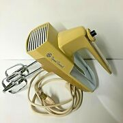 Ge Speed Control Harvest Gold M68 Hand Mixer 10 Speed 1960and039s Appliance Vintage