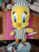 Looney Tunes Tweety Bird Plush In Pajamas With Sylvester Slippers Brand New