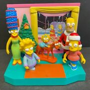 2001 And039playmatesand039 And039the Simpsonsand039 Family Christmas W/ Simpsons Playset Srnm