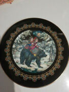 Porcelain Plate Wall Hang Bear Heinrich Germany Multicolor Art Stamp Home Décor