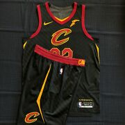 Nba Authentic Lebron James Cleveland Cavaliers Nike Statement Jersey 48 L Shorts