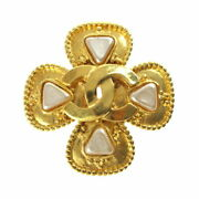 Coco Mark Pearl Brooch 96a Gold P3243 Previously Owned No.5577