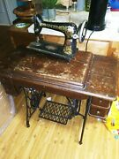 1918 Singer Sewing Machine With Original Table