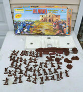 Alamo Action Figures And Playset 101 Pieces American Collector Series Incomplete