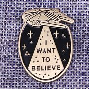 Alien Ufo Space Martian Spaceship Flying Saucer Pin