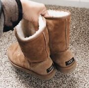 Chestnut Classic Short Uggs - Women's Size 7 - Pre-owned