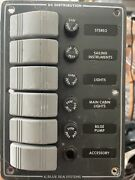 Blue Seas Vertical Contura Switch Water Resistant Fuse Panel 6 Position
