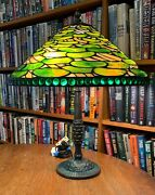 Antique Reproduction Lily Pad Leaded Glass Lamp Bronze Pineapple Base
