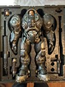 Sideshow Collectibles Sixth Scale Starcraft 2 Jim Raynor.andnbsp