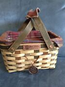 Longaberger 2006 Bee Basket With Tie On Plastic Inner Protector