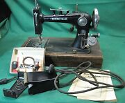 Vintage Antique Paveway Regal Small Sewing Machine For Parts Display Or Repair