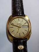 Bulova Accutron Day And Date Vintage Watch Solid 18k Gold With Gold Bulova Logo