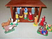 Vintage 60and039s 70and039s 16 Piece Chalkware Nativity Set And Wood Manger Handmade In Usa