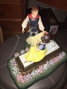 Wdcc A Kiss Brings Love Anew Snow White Limited Figurine Signed By Artist