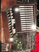 Beautiful French Rose Design Silverplate Flatware 64 Pieces With Box Fb Rogers