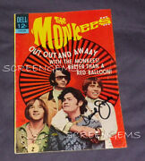 The Monkees Rare Signed Davy Jones Gold Key Comic Book 1968 Tv Great Condition