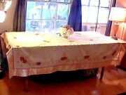 Vintage Lovely Beautiful Embroidered Christmas Tablecloth And 8 Napkins 70 By 86