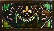 Antique American Stained Glass Window W/chunk Jewelsfleur Dand039lis And Wreath