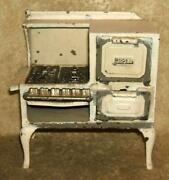 Circa 1920's Arcade Manufacturing Co. Cast Iron Toy Roper Gas Stove
