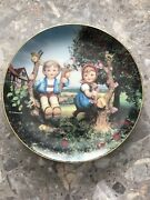 M.j. Hummel Plate Apple Tree Boy And Girl 1991 Limited Edition Plate Mc 7461