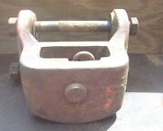 Allis Chalmers 200 Tractor Front Draw Bar Support, Am5351