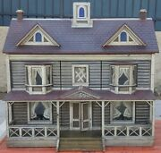 Antique Dollhouse From Angeland039s Attic Museum Jackie Mcmahan
