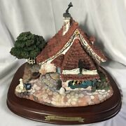 Walt Disney Classic Collection Enchanted Places Pinocchio Geppetto's Toy Shop