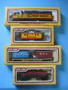 Life-like Lot Chessie Loco And Caboose Conoco Tank Flat Car With Containers