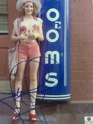 Jodie Foster - Signed 8x10 - Coa Ga Taxi Driver
