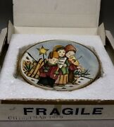 V Tiziano Christmas 1979 The Carolers Limited Edition Collectors Plate Italy Box