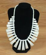 White Mother Of Pearl Style Womenand039s Collectible Costume Jewelry Necklace Read
