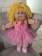 2003 Cabbage Patch Kids 20 Doll 20th Anniversary -toys R Us 2001 K-6 1st Ed
