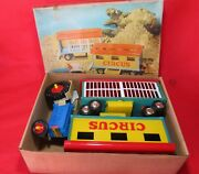Vintage Plastic Toy Tractor With Circus Wagons Mint In Box Plaho Spielzeug Toys