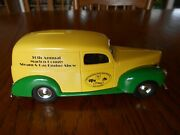 Jle Scale Models 125 Scale 1940 Ford Deluxe Delivery Van, John Deere Paint Bank
