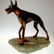 Resident Evil Zombie Dog Statue Limited To 750 Hollywood Collectibles Group L04