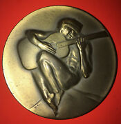 Bronze War And Peace-society Of Medalists 87th Issue-1973-naked Man Guitar-soldier