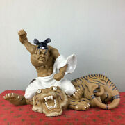 Old China Ceramics Crackle Glaze Porcelain Wu Song Fight Tigers Ornament Statue