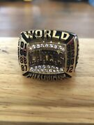 2002 Los Angeles Lakers Commemorative Championship Ring